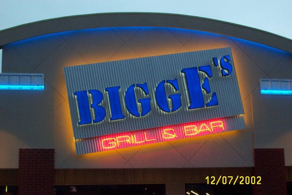 BIGG E'S COM6